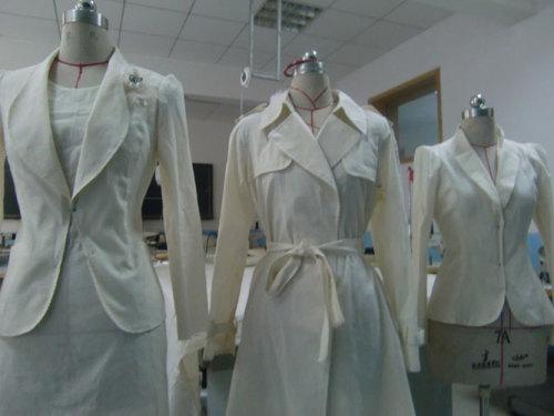 男装 : 唐装/中式服装 / 西服 定制 / 立体裁剪 / 制版 / 服装图片